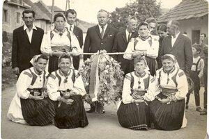 Dožinky v obci 1969.