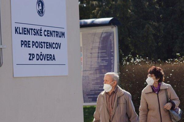 Od štvrtka nemocnica otvorila v oboch areáloch na Rastislavovej i Tr. SNP klientske centrá pre poistencov Dôvery.