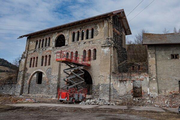 V Krompachoch sa realizuje už štvrtá etapa obnovy národnej kultúrnej pamiatky.