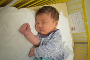 Michael Polušin (3940 g, 51 cm) sa narodil 25. marca Michaele a Jozefovi z Uhrovca.