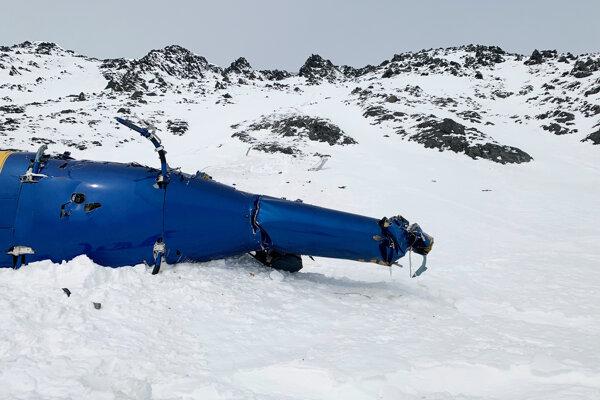 Miesto havárie vrtuľníka neďaleko ľadovca Knik na Aljaške, pri ktorej zahynul aj najbohatší Čech Petr Kellner.