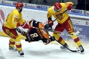 Trenčania znížili stav série s Michalovcami na 2:3 na zápasy.