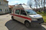 Pre mobilnú jednotku nemocnica vyčlenila samostatnú sanitku.