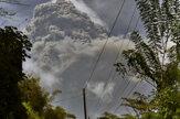 Na karibskom ostrove Svätý Vincent vybuchla sopka