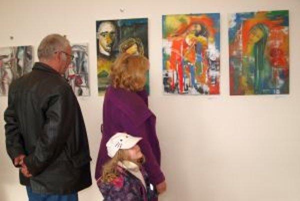 Výstava Výtvarné spektrum v KOS v Nitre potrvá do konca apríla.