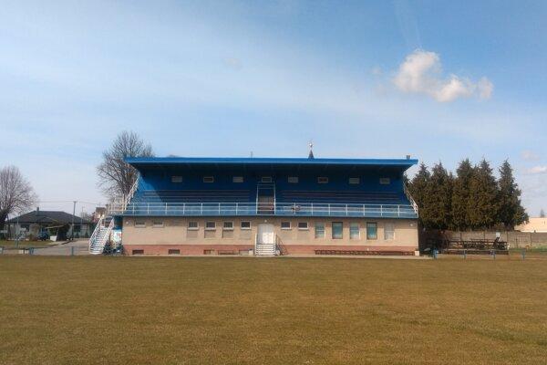 Futbalový štadión v Drahovciach