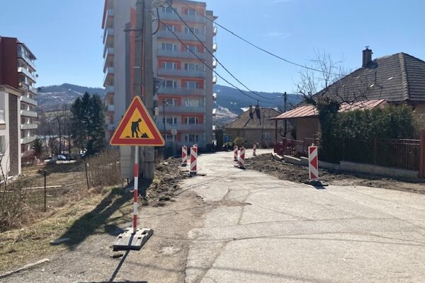 Rekonštrukcia na ulici Červeného kríža bude trvať niekoľko týždňov.