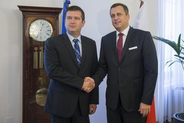 Český vicepremiér Jan Hamáček plánoval ísť do Moskvy s bývalým šéfom slovenského parlamentu Andrejom Dankom.