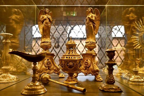 Expozícia Klenotnica v Zemplínskom múzeu.