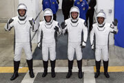 Zľava astronauti letiaci na ISS: Thomas Pesquet, Megan McArthurová, Shane Kimbrough a Akihiko Hoshide.