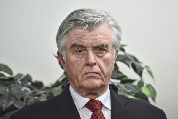 Tomáša Haška odvolala Pellegriniho vláda v roku 2019 pre kauzu tendra na prevádzkovanie ambulancií záchrannej zdravotnej služby.