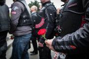 Vítanie ruského motorkárskeho klubu Noční vlci na bratislavskom Slavíne v roku 2016.