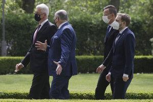 Ministri V4 sa stretli v Poľsku