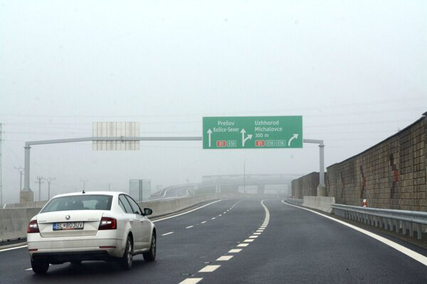 O hustej diaľničnej sieti nemožno na východnom Slovensku hovoriť. Preto bolo otvorenie diaľničného úseku D1 pri Košiciach Budimír - Bidovce v decembri 2019 veľkou slávou.