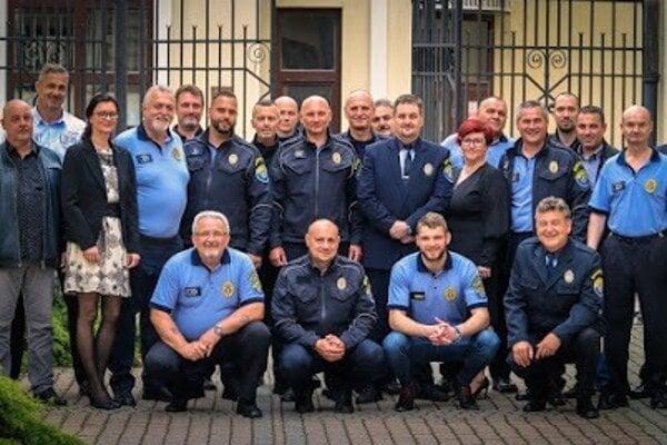 Mestská polícia v Topoľčanoch.