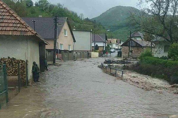 Voda vytápa domy.