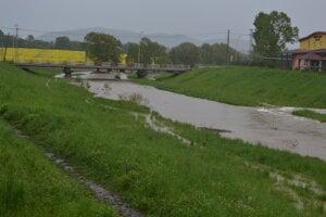 Rieka Sekčov z mosta na Rusínskej.