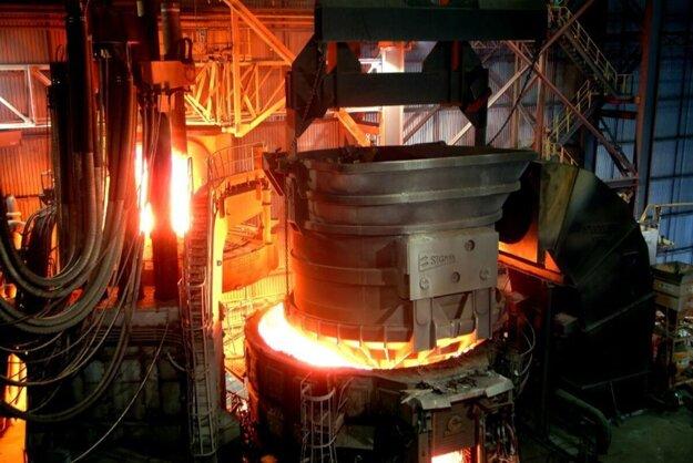 Oceliareň v Mokranciach mala zamestnávať okolo 500 ľudí.