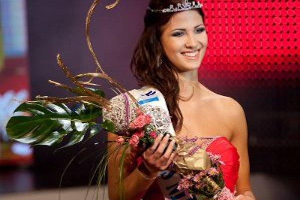 Na Miss Nitra skončila Miška Meňkyová ako druhá.