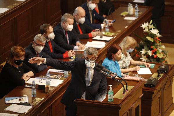 Český premiér Andrej Babiš v Poslaneckej snemovni.