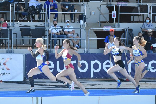 Druhá sprava Rebeka Žibritová vbehu na 100 metrov.