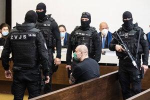Tomáš Szabó v pojednávacej miestnosti Najvyššieho súdu.
