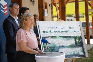 Predsedníčka kraja Erika Jurinová zahájila obnovu úseku.