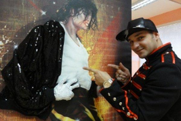 Michael Jackson v podaní Reného Šurdu.