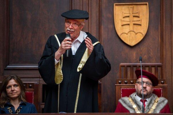 Juraj Kukura počas slávnostného otvorenia Detskej Univerzity Komenského 2021.