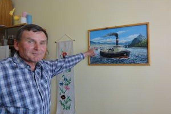 Predchodca remorkéra, ktorý riadil Rudolf Kompas.