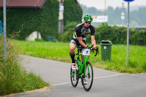 Vladimír Kormanec na cyklistickom úseku.