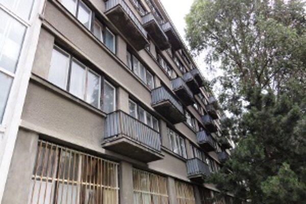 Internát Mladosť, kde bývajú študenti SPU v Nitre.