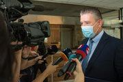 Minister vnútra Roman Mikulec.