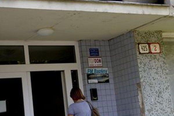 Obvodné oddelenie PZ Nitra - Klokočina už oficiálne neexistuje. Policajti zatiaľ v budove zostali.