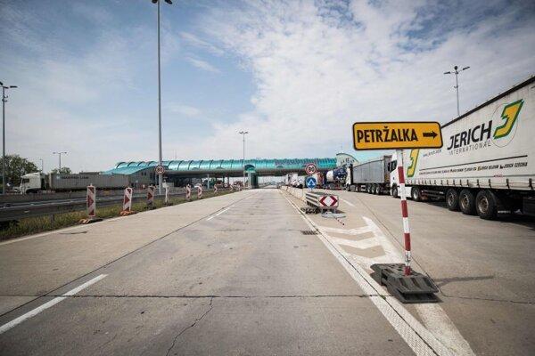 Hraničný prechod Bratislava Jarovce.