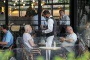 Reštaurácia v Paríži.