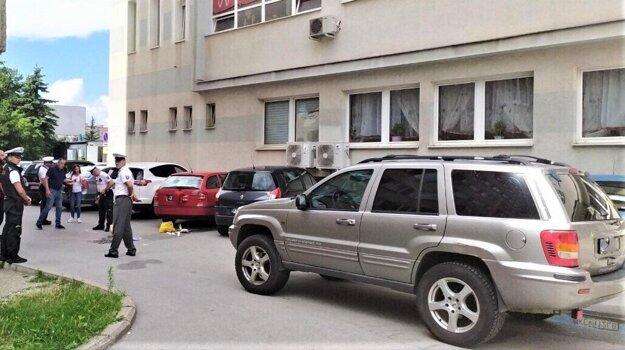 Vyšetrovanie tragickej nehody na Pražskej ulici.