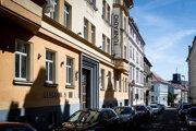 V budove sídli aj Kollárovo Funradio.
