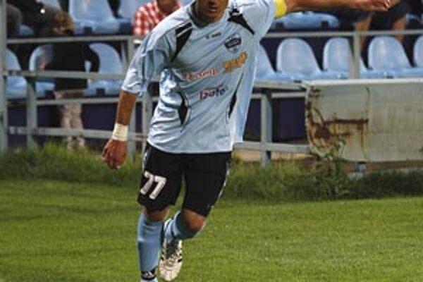 Druhý gól strelil s prehľadom kapitán Róbert Rák. Nabíjal mu naň Ivan Hodúr, ktorý sa vrátil do základnej zostavy.