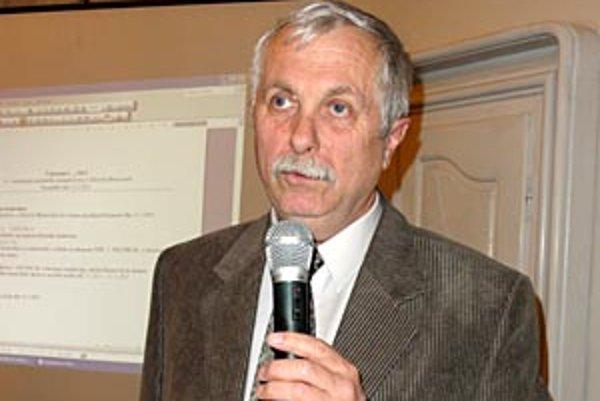 Michal Borkovič, hlavný kontrolór Zlatých Moraviec, vo funkcii skončil na vlastnú žiadosť.