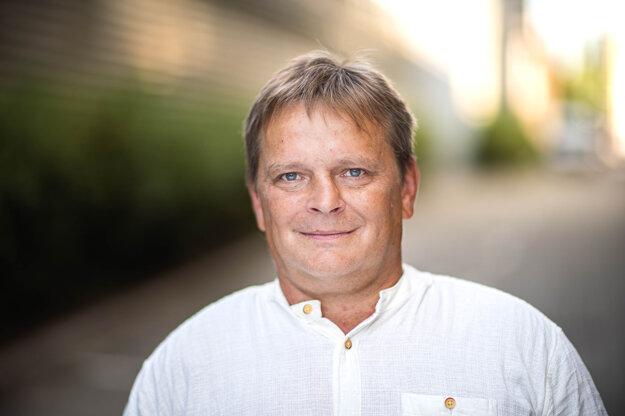 Tomáš Hisem - bývalý baník, ktorý sa rekvalifikoval na programátora.