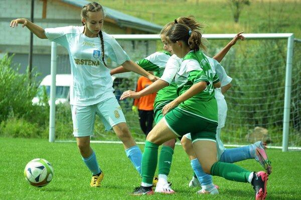Turnaj v Trstenej ponúkol veľa pekných a dramatických zápasov.