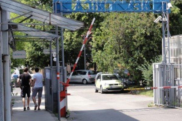 Zavretie chirurgie aj ďalších oddelení vnímajú v Zlatých Moravciach ako katastrofu.