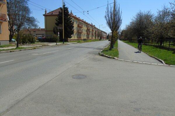 Nové úseky pre cyklistov pribudnú na uliciach Prostějovská a Volgogradská, Levočská, 17. novembra a čiastočne aj Požiarnická.