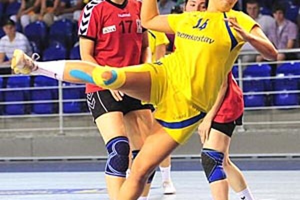 V sobotu Nitrianky v semifinále nestačili na domáce Michalovce, v nedeľu však v dramatickom dueli o bronz zdolali Bytču.