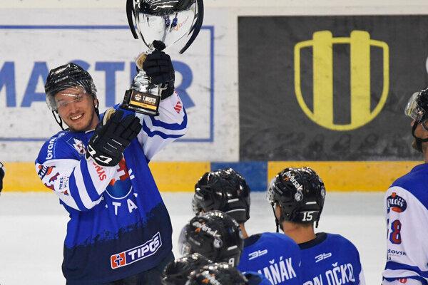 Hokejisti HK Poprad získali Tatranský pohár v roku 2020.