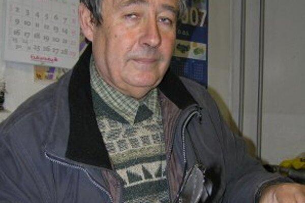 Marián Tomajko sa vzdal funkcie poslanca, aby naďalej viedol Záhradnícke služby. Z podniku odísť nechce.