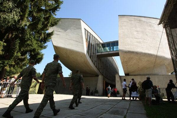 Múzeum SNP v Banskej Bystrici.