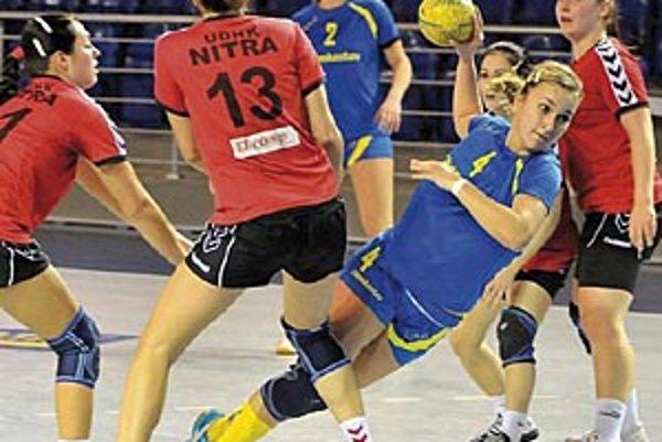Mladšie dorastenky UDHK ŠG majú účasť vo finálovom turnaji istú, staršie kolegyne majú k nej tiež blízko.