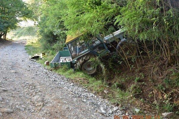 Nehoda traktora mala tragický koniec.